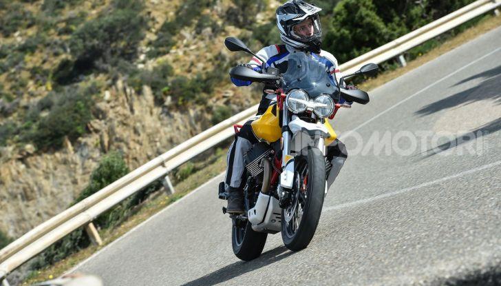 Prova su strada Moto Guzzi V85TT: caratteristiche, prezzo e opinioni - Foto 50 di 116