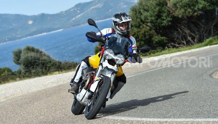 Prova su strada Moto Guzzi V85TT: caratteristiche, prezzo e opinioni - Foto 52 di 116