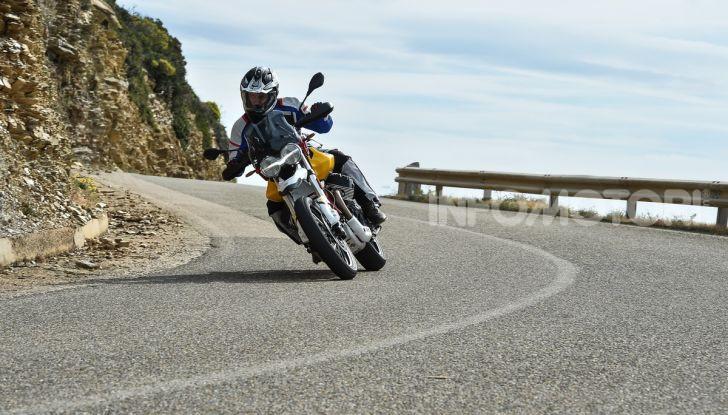 Prova su strada Moto Guzzi V85TT: caratteristiche, prezzo e opinioni - Foto 57 di 116
