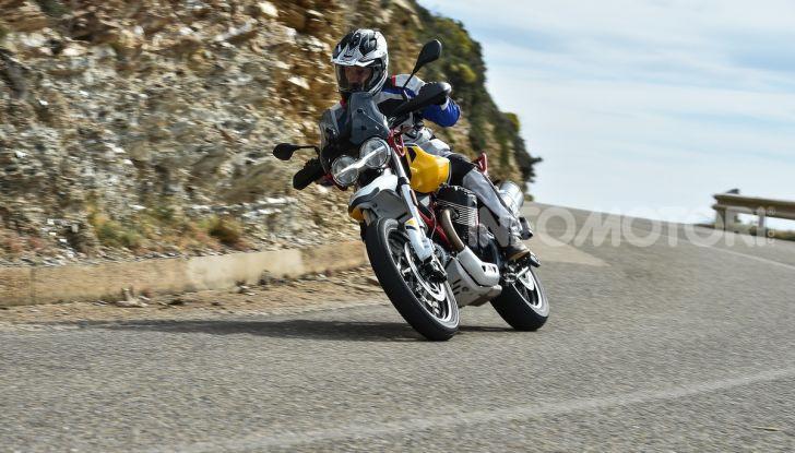 Prova su strada Moto Guzzi V85TT: caratteristiche, prezzo e opinioni - Foto 58 di 116