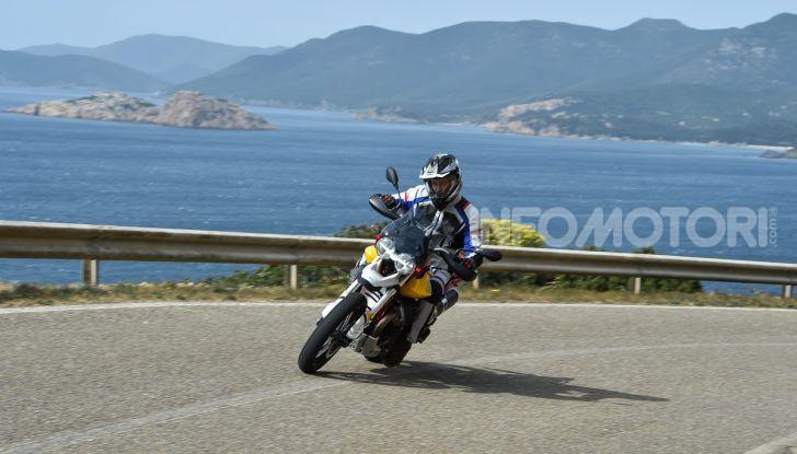 Prova su strada Moto Guzzi V85TT: caratteristiche, prezzo e opinioni - Foto 63 di 116