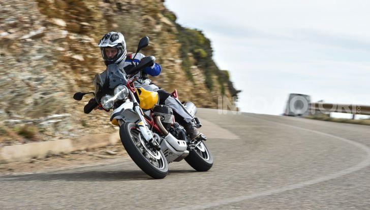 Prova su strada Moto Guzzi V85TT: caratteristiche, prezzo e opinioni - Foto 66 di 116