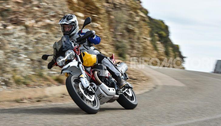 Prova su strada Moto Guzzi V85TT: caratteristiche, prezzo e opinioni - Foto 67 di 116