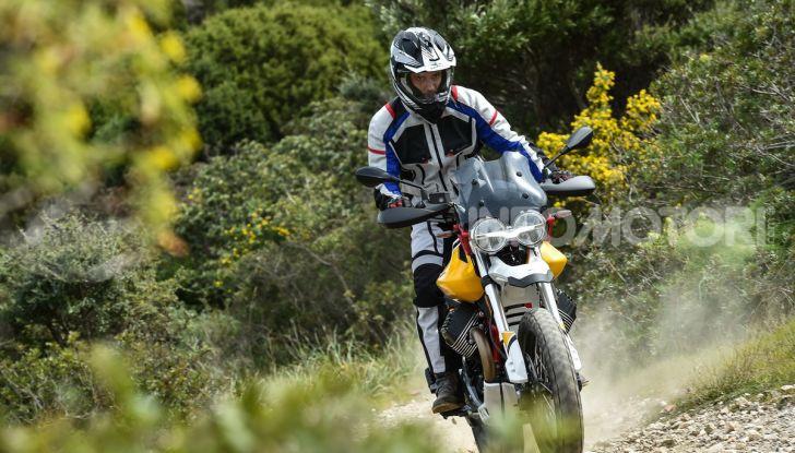 Prova su strada Moto Guzzi V85TT: caratteristiche, prezzo e opinioni - Foto 71 di 116