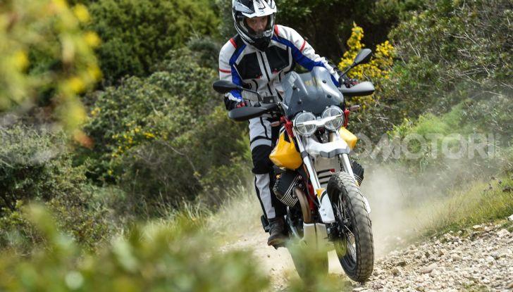 Prova su strada Moto Guzzi V85TT: caratteristiche, prezzo e opinioni - Foto 72 di 116