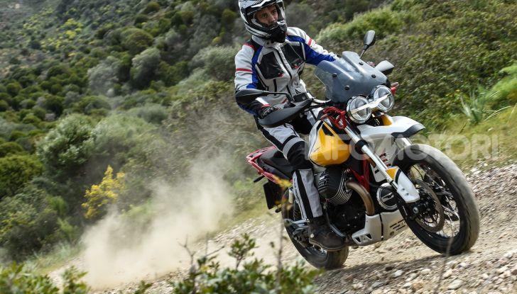 Prova su strada Moto Guzzi V85TT: caratteristiche, prezzo e opinioni - Foto 74 di 116