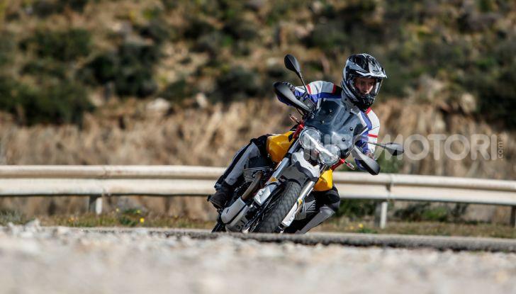 Prova su strada Moto Guzzi V85TT: caratteristiche, prezzo e opinioni - Foto 78 di 116
