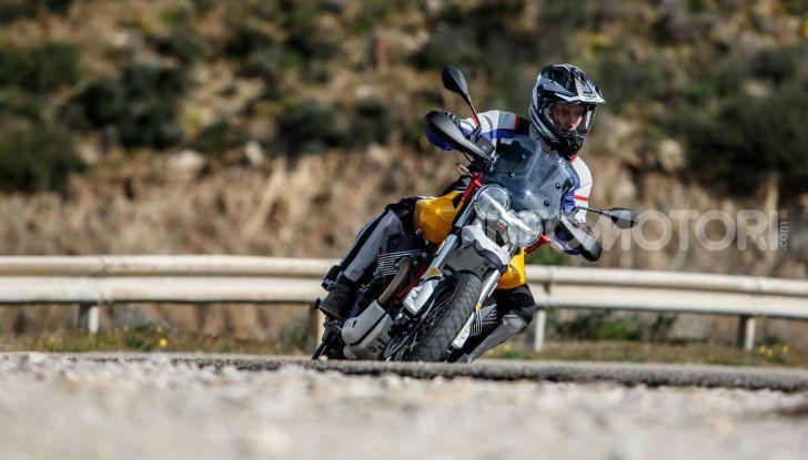 Prova su strada Moto Guzzi V85TT: caratteristiche, prezzo e opinioni - Foto 79 di 116