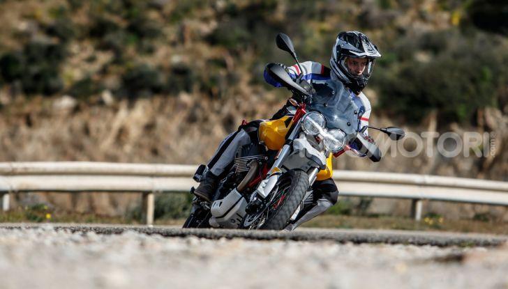 Prova su strada Moto Guzzi V85TT: caratteristiche, prezzo e opinioni - Foto 80 di 116