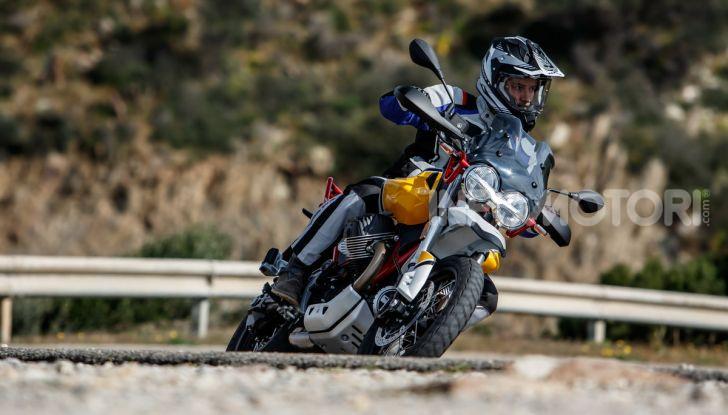 Prova su strada Moto Guzzi V85TT: caratteristiche, prezzo e opinioni - Foto 82 di 116