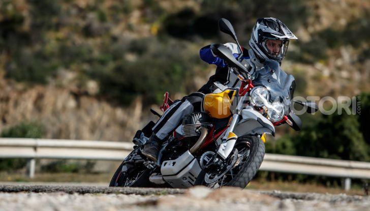 Prova su strada Moto Guzzi V85TT: caratteristiche, prezzo e opinioni - Foto 83 di 116