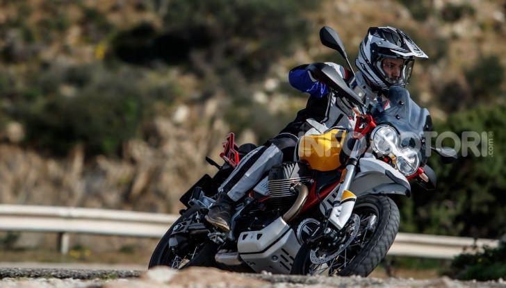 Prova su strada Moto Guzzi V85TT: caratteristiche, prezzo e opinioni - Foto 84 di 116
