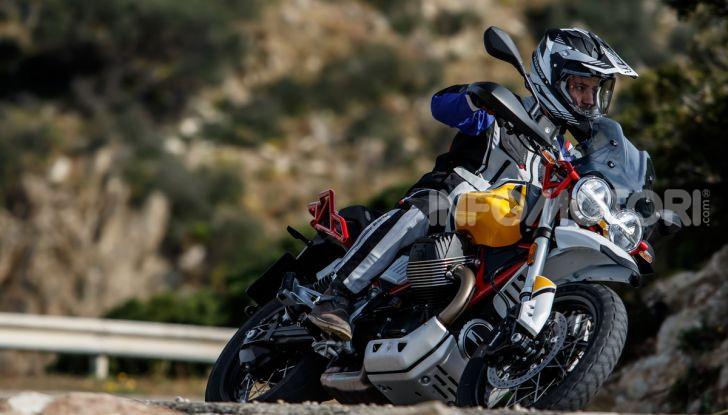 Prova su strada Moto Guzzi V85TT: caratteristiche, prezzo e opinioni - Foto 85 di 116
