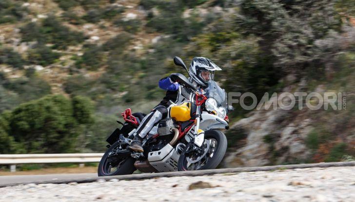 Prova su strada Moto Guzzi V85TT: caratteristiche, prezzo e opinioni - Foto 86 di 116
