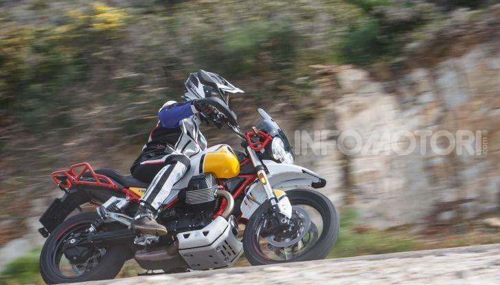 Prova su strada Moto Guzzi V85TT: caratteristiche, prezzo e opinioni - Foto 90 di 116