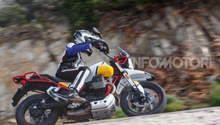 Prova su strada Moto Guzzi V85TT: caratteristiche, prezzo e opinioni - Foto 92 di 116