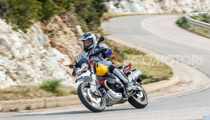 Prova su strada Moto Guzzi V85TT: caratteristiche, prezzo e opinioni - Foto 95 di 116