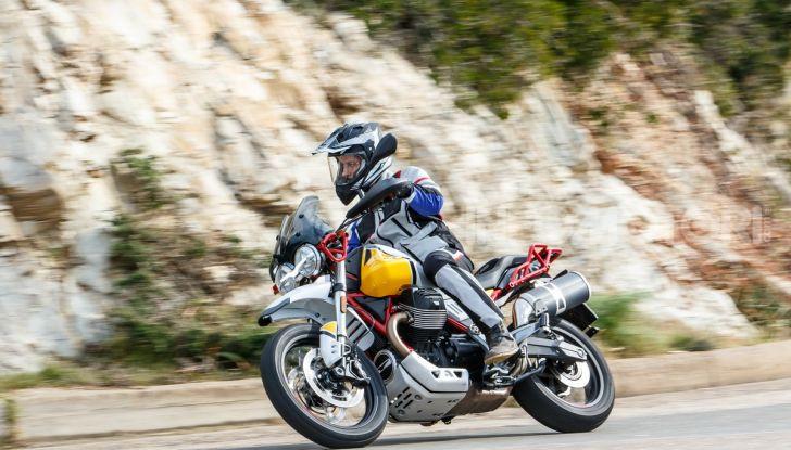 Prova su strada Moto Guzzi V85TT: caratteristiche, prezzo e opinioni - Foto 97 di 116