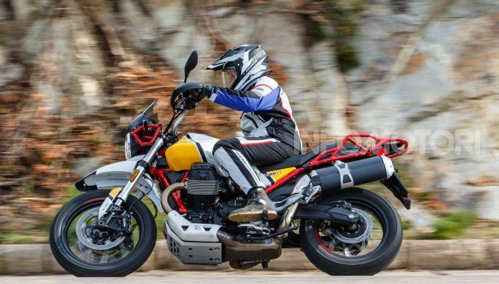 Prova su strada Moto Guzzi V85TT: caratteristiche, prezzo e opinioni - Foto 101 di 116