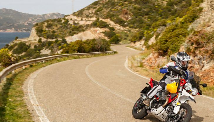 Prova su strada Moto Guzzi V85TT: caratteristiche, prezzo e opinioni - Foto 111 di 116