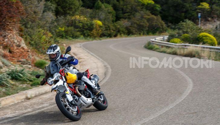 Prova su strada Moto Guzzi V85TT: caratteristiche, prezzo e opinioni - Foto 114 di 116
