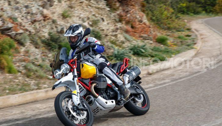 Prova su strada Moto Guzzi V85TT: caratteristiche, prezzo e opinioni - Foto 116 di 116