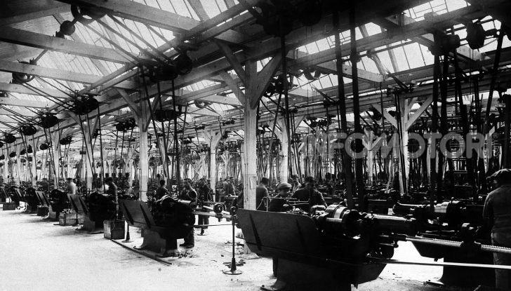 Le donne nelle fabbriche Citroën - Foto 2 di 9