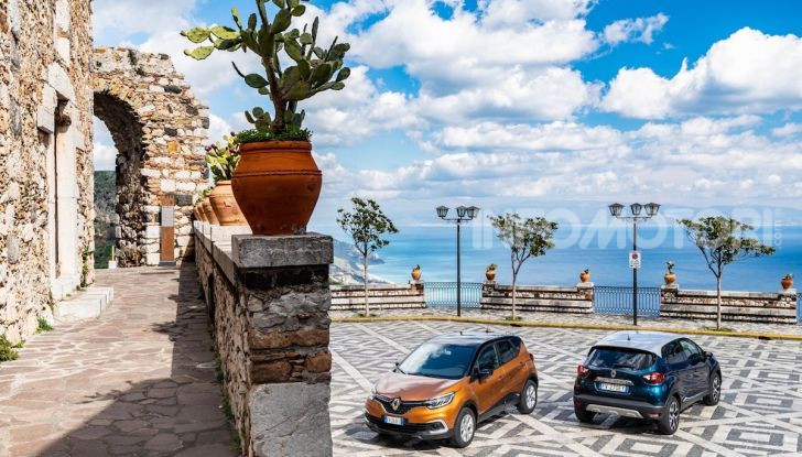 Nuova Renault Captur Sport Edition, primo contatto su strada e prestazioni - Foto 5 di 11