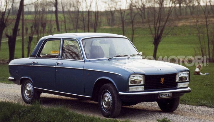 Peugeot ha celebrato sei modelli della sua storia  al salone Rétromobile di Parigi - Foto 4 di 13
