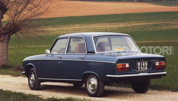 Peugeot ha celebrato sei modelli della sua storia  al salone Rétromobile di Parigi - Foto 5 di 13
