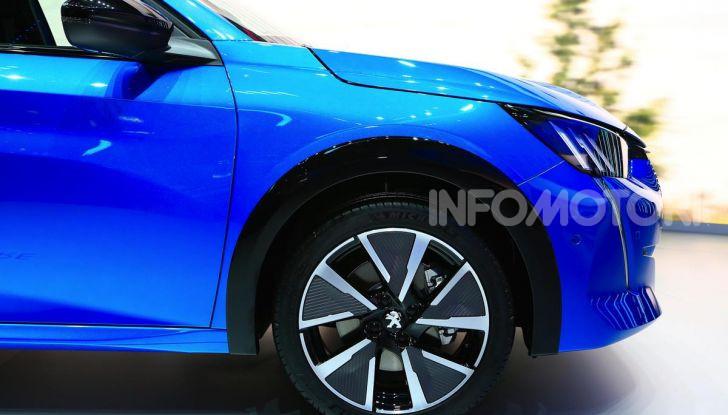 Peugeot e-208 elettrica: dati, caratteristiche e prestazioni - Foto 8 di 20