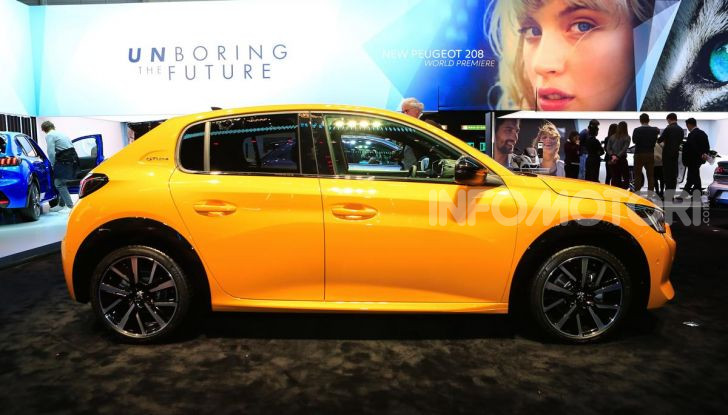 Nuova Peugeot 208 elettrica, Diesel e benzina già prenotabile - Foto 11 di 44