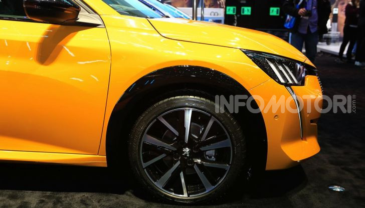 Nuova Peugeot 208 elettrica, Diesel e benzina già prenotabile - Foto 8 di 44