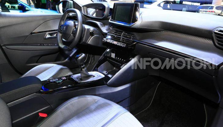 Nuova Peugeot 208 elettrica, Diesel e benzina già prenotabile - Foto 27 di 44