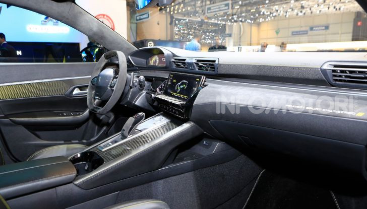In viaggio verso Ginevra e nel futuro elettrificato con Peugeot - Foto 33 di 49