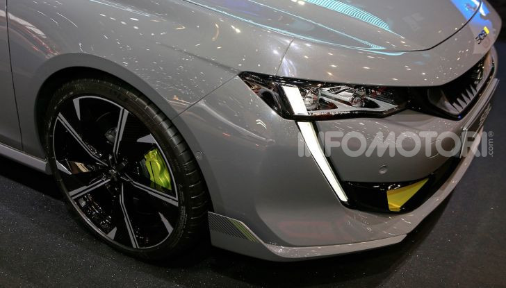 In viaggio verso Ginevra e nel futuro elettrificato con Peugeot - Foto 28 di 49