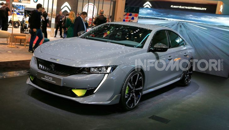In viaggio verso Ginevra e nel futuro elettrificato con Peugeot - Foto 2 di 49