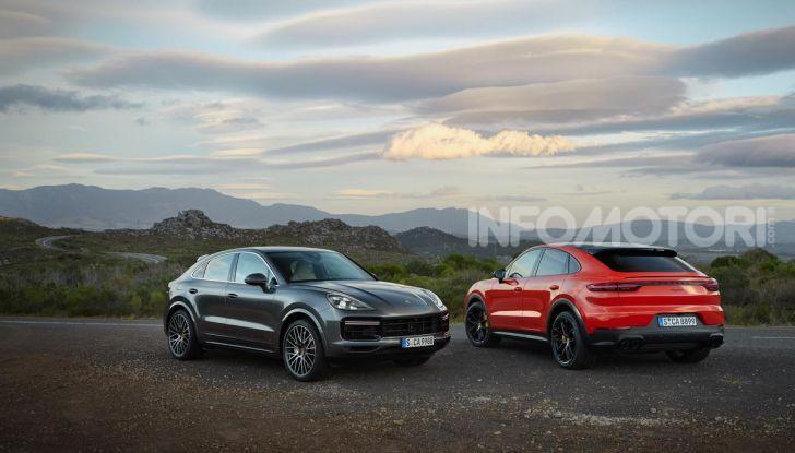 Porsche Cayenne Coupé Turbo 2019: più sportività per il SUV Premium - Foto 1 di 9