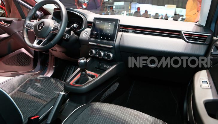 Nuova Renault Clio 2019: la quinta generazione per stupire ancora - Foto 19 di 24