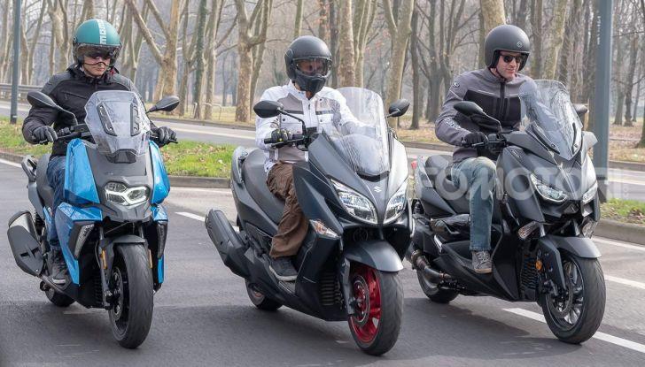 Comparativa scooter 400: Suzuki Burgman, Yamaha XMAX e BMW C400X - Foto 23 di 61