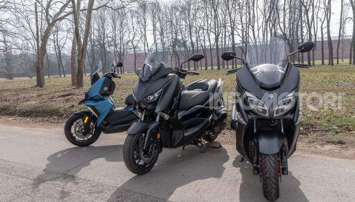 Comparativa scooter 400: Suzuki Burgman, Yamaha XMAX e BMW C400X - Foto 27 di 61