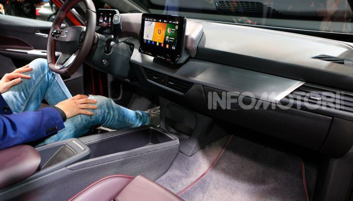 Seat el-Born: l'auto elettrica a basso costo al Salone di Ginevra 2019 - Foto 6 di 17