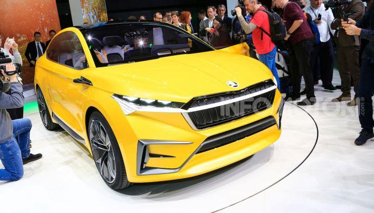Skoda Vision iV: a Ginevra arriva l'auto elettrica del futuro - Foto 7 di 35