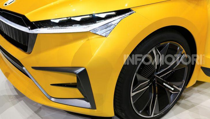 Skoda Vision iV: a Ginevra arriva l'auto elettrica del futuro - Foto 11 di 35