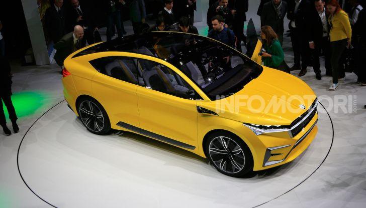 Skoda Vision iV: a Ginevra arriva l'auto elettrica del futuro - Foto 31 di 35