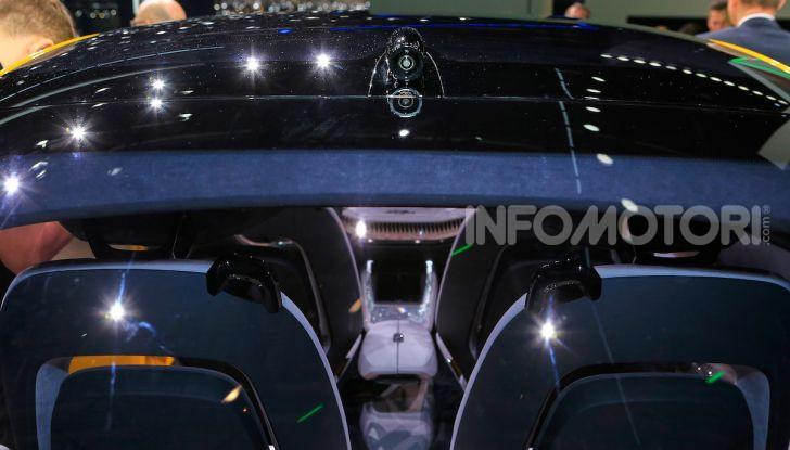 Skoda Vision iV: a Ginevra arriva l'auto elettrica del futuro - Foto 33 di 35