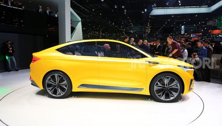 Skoda Vision iV: a Ginevra arriva l'auto elettrica del futuro - Foto 19 di 35