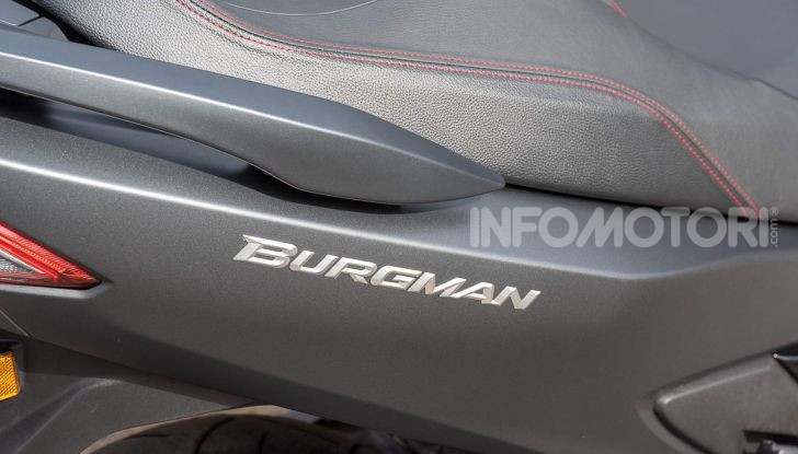 Comparativa scooter 400: Suzuki Burgman, Yamaha XMAX e BMW C400X - Foto 42 di 61
