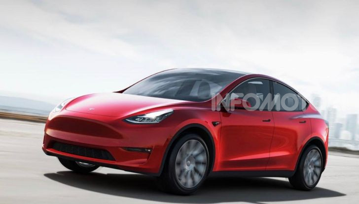 Tesla Model Y: nel 2020 arriva il SUV elettrico a prezzi popolari - Foto 6 di 33