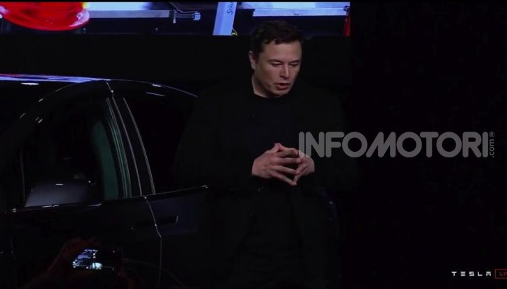 Tesla Model Y ordinabile in Italia da 57.980 euro - Foto 19 di 33